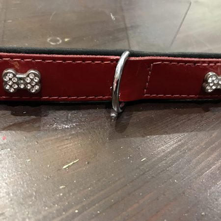 "Halsband  ""RED TIME"""